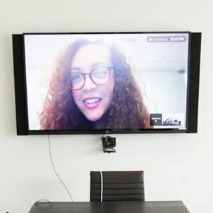 Видеосервисы для корпоративных встреч: выбираем из трех очевидных
