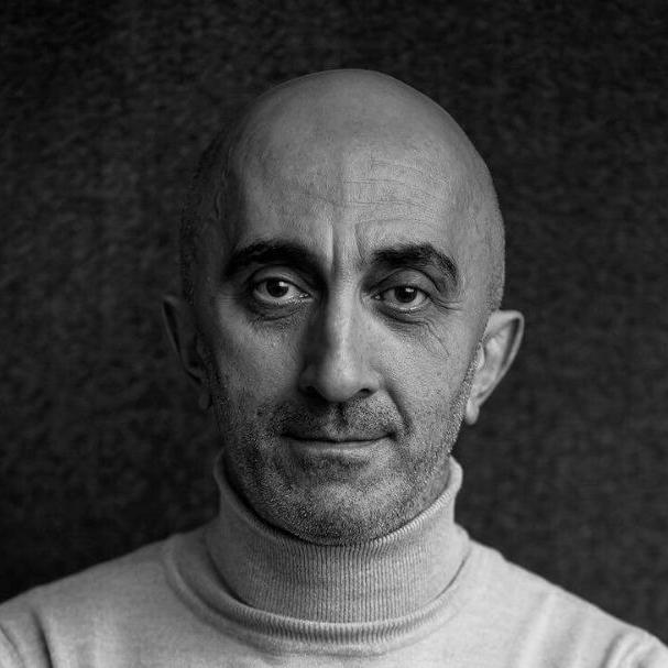 Что читают умные люди: 7 подручных книг Армена Петросяна