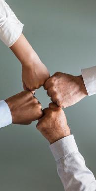 Управляя изменениями. Как эффективно управлять изменениями в обществе, бизнесе и личной жизни