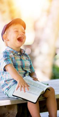 Книга радости: устойчивое счастье в меняющемся мире
